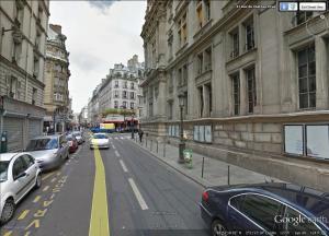 Paris Street Scene 18