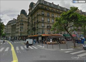 Paris Street Scene 19